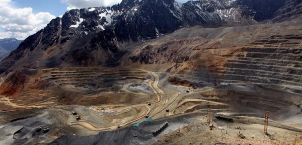 Codelco reduce proyecto minero en Chile