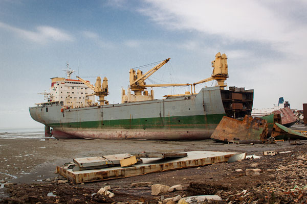 Comision Europea elabora guia sobre desguace buques