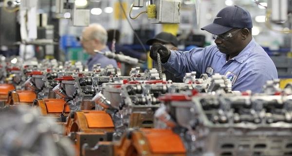Ford comprara mas piezas en Mexico
