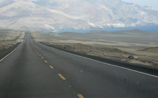 Peru va asfaltar todas las vias nacionales