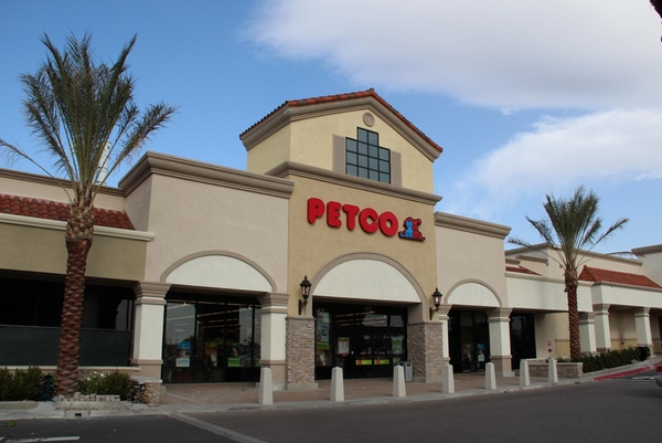 Petco sigue creciendo en Mexico
