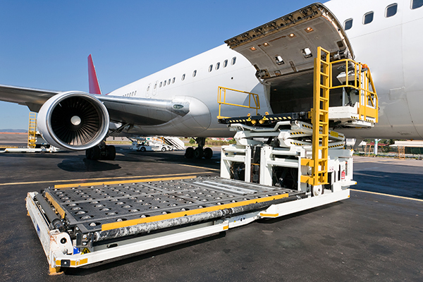 carga-aerea-avion