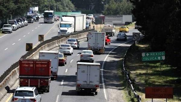 Camiones mexicanos podrian tener tarifa especial en autopistas