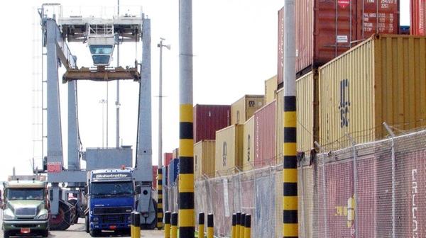 Ecuador busca nuevos acuerdos comerciales
