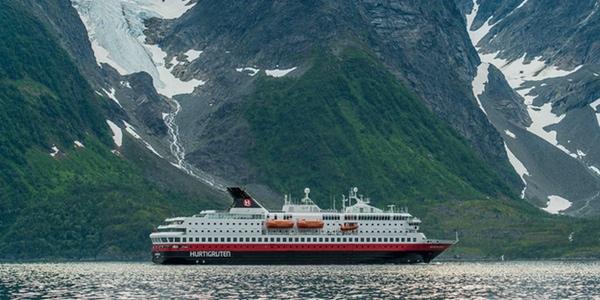 Hurtigruten lanza un programa para jovenes exploradores