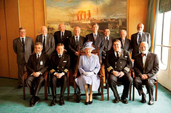 La reina Isabel II en Cunard Line