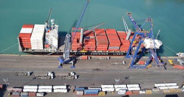 Movimiento de contenedores esta en crecimiento en Latinoamerica