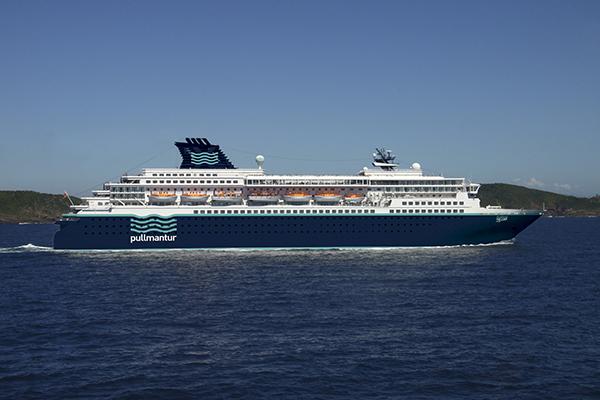 Pullmantur-buque-Zenith