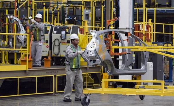Actividad industrial desciende en Mexico