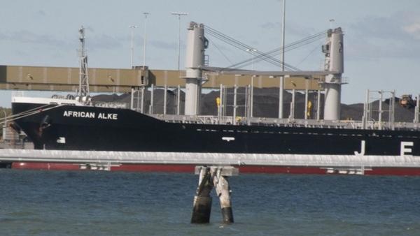 Autoridades australianas retienen un buque