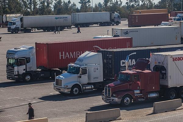 Bolivia denuncia discriminacion de sus exportaciones en Chile