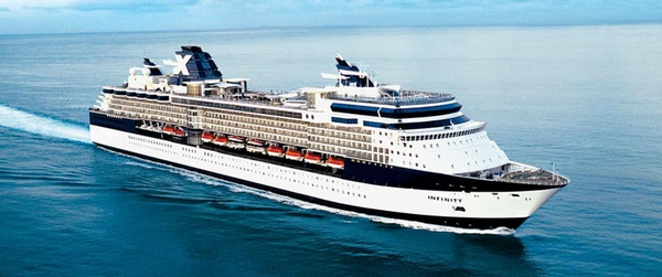 Buque de Celebrity Cruises sufre accidente