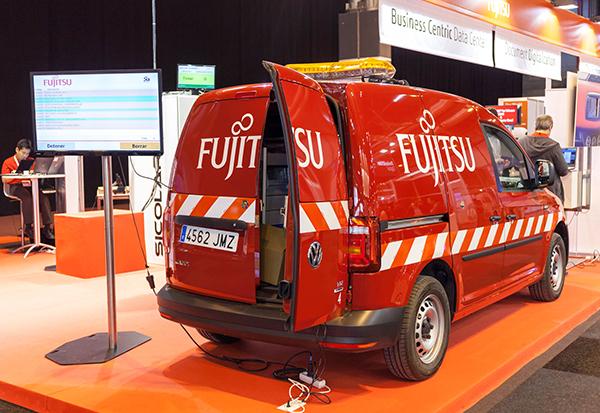 Fujitsu-world_tour_furgoneta-hiperconectada