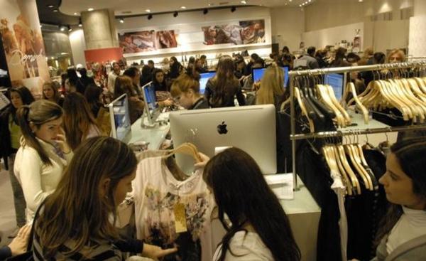 Indice de Confianza del Consumidor en Uruguay frena caida