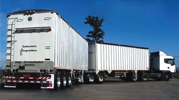 San Luis Logistica expone ventajas de los bitrenes