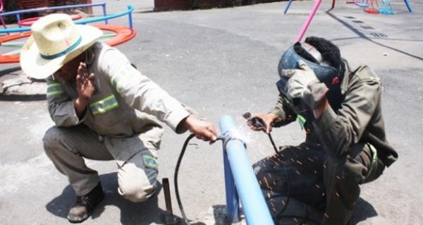 Trabajadores sufren accidente laboral en planta de Kia en Mexico