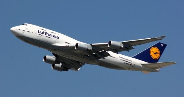 Venezuela debe cien millones de dolares a Lufthansa