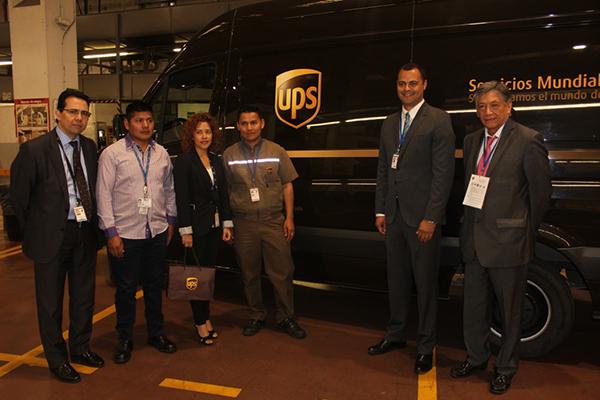 Visita-embajador-de-Ecuador-a-UPS-Coslada