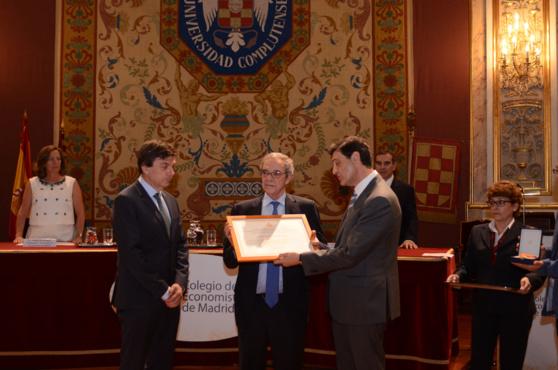César Alierta, reconocido por el Colegio de Economistas de Madrid