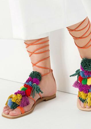 zapatos-zara planos pompones