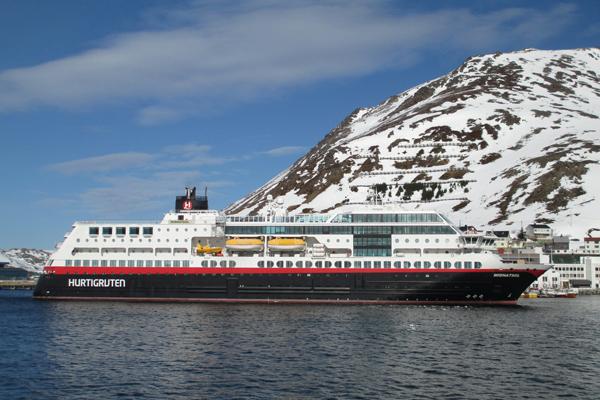 AGUNSA prestará servicios a naviera Hurtigruten en territorio Antártico