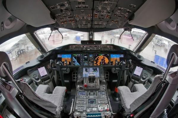 Cabina Boeing_787-8
