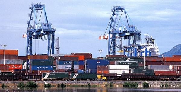 Expertos preven saturacion de puerto Manzanillo
