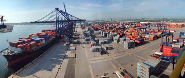 Puerto de Lazaro Cardenas aumenta sus volumenes