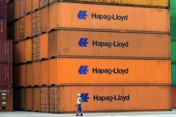 contenedores-con-mercancias-Hapag-Lloyd