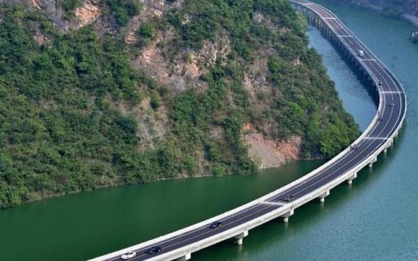 Puente Zhaojun China