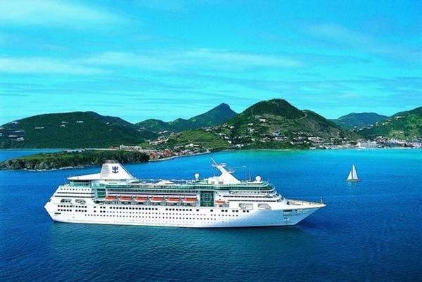 Royal Caribbean retrasa llegada a Cuba