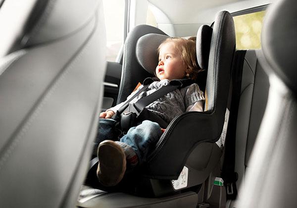 retencion-infantil-coche