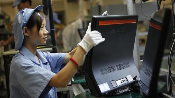 una-trabajadora-una-fabrica-shanghai