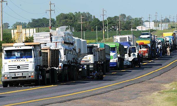 argentina-forma-a-los-conductores-de-camiones