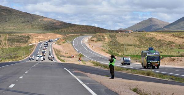 bolivia-toma-medidas-para-evitar-robos-a-camiones