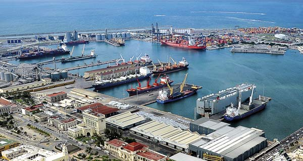 Mexico amplia puerto de Veracruz con seis terminales