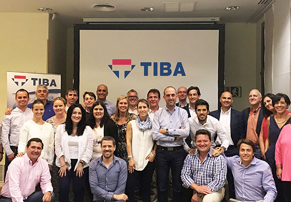 tiba-group-reunion-comercial