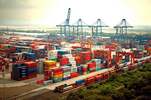 Transferencia de carga tiene un crecimiento irregular en Chile