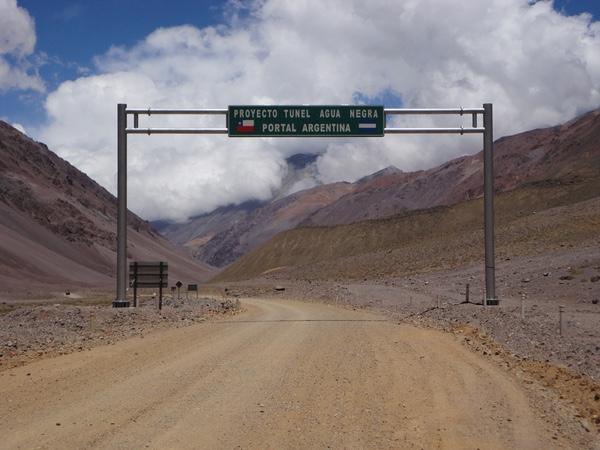 chile-y-argentina-licitan-tunel-agua-negra