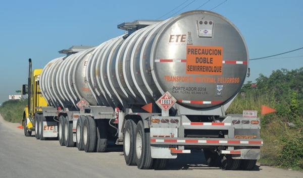 ciudad-de-mexico-analiza-prohibir-camiones-de-doble-remolque