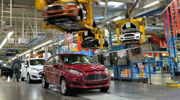 ford-paraliza-produccion-temporalmente-en-mexico