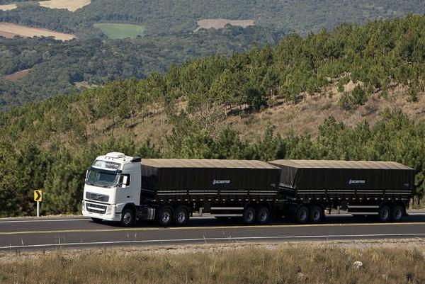 mexico-quiere-mejorar-la-seguridad-de-transportes-de-doble-remolque