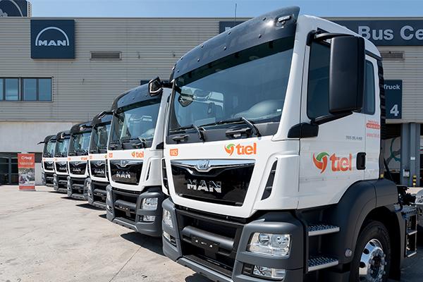 TIEL incorpora 6 tractoras MAN TGS-TS a su flota en España