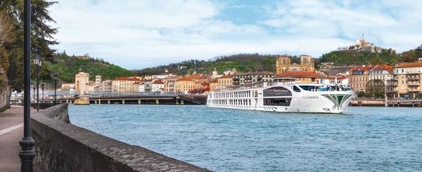 uniworld-boutique-river-cruises-ofrece-cruceros-de-voluntariado