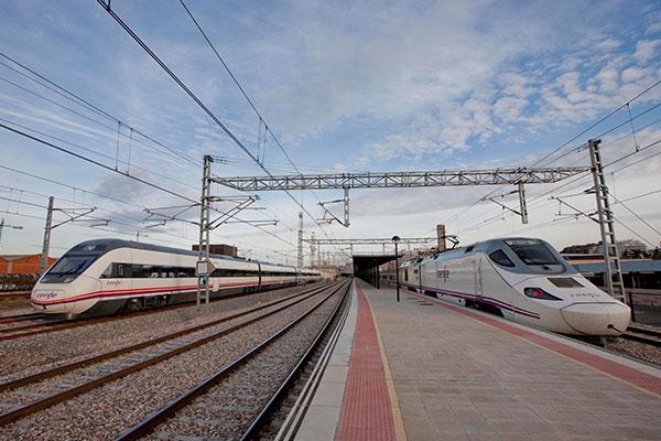 renfe-transporta-3-8-millones-de-pasajeros-en-ruta-madrid-palencia-leon