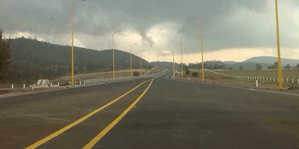nueva-autopista-mexicana-mejora-la-logistica