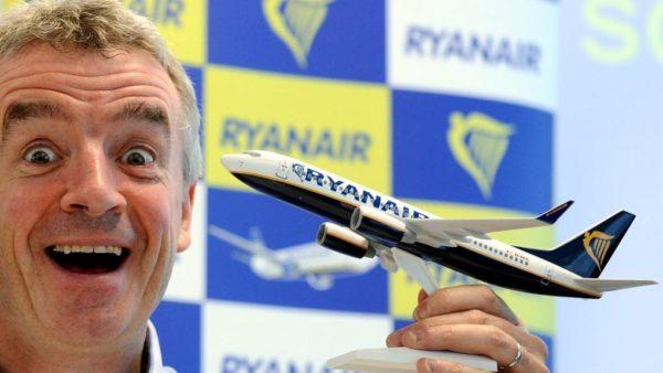 Michael-Oleary-maqueta-avion-Ryanair