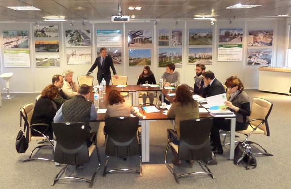 reunion-ayuntamiento-de-madrid-valdebebas-mantenimiento-zonas-verdes