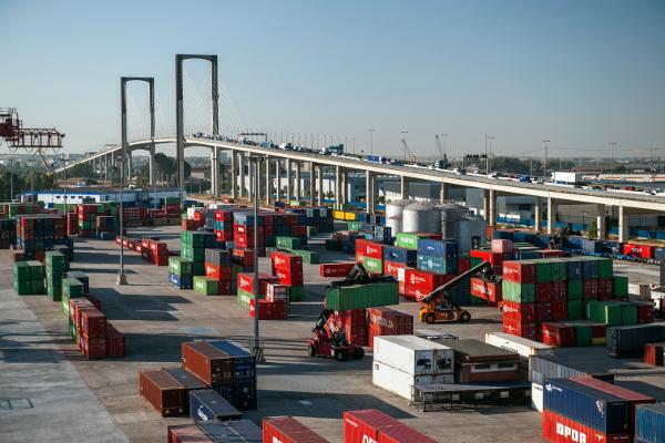 terminal-uno-puerto-sevilla