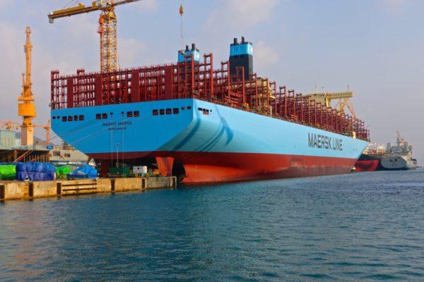 dsme-entrega-buque-grande-mundo-maersk